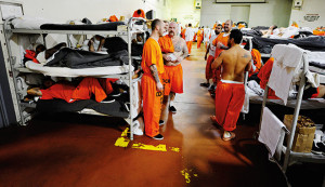 Bunks in an American prison. (credit: world finance)